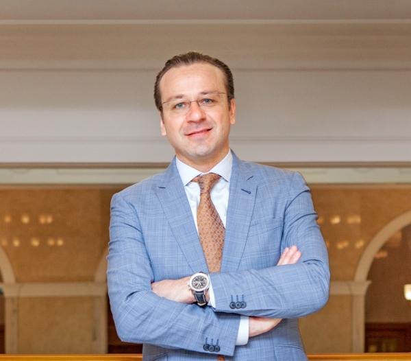 Штефан Кюр